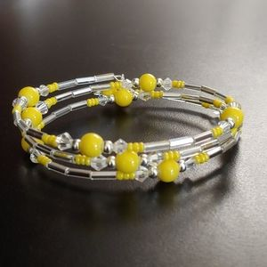 Yellow and silver beaded oval memory wire bracelet